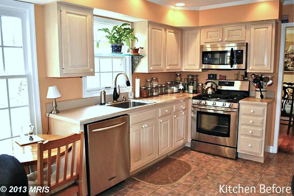 kitchenb4.jpg