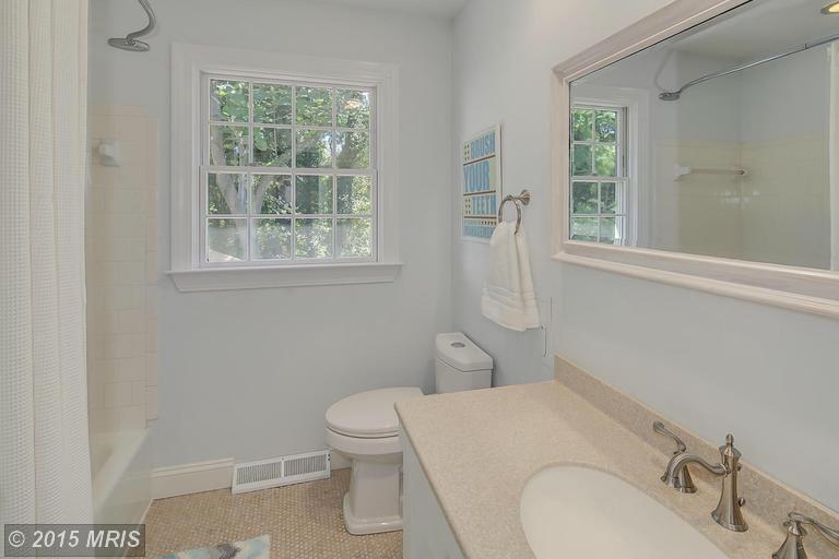 AA8771711 - Bath