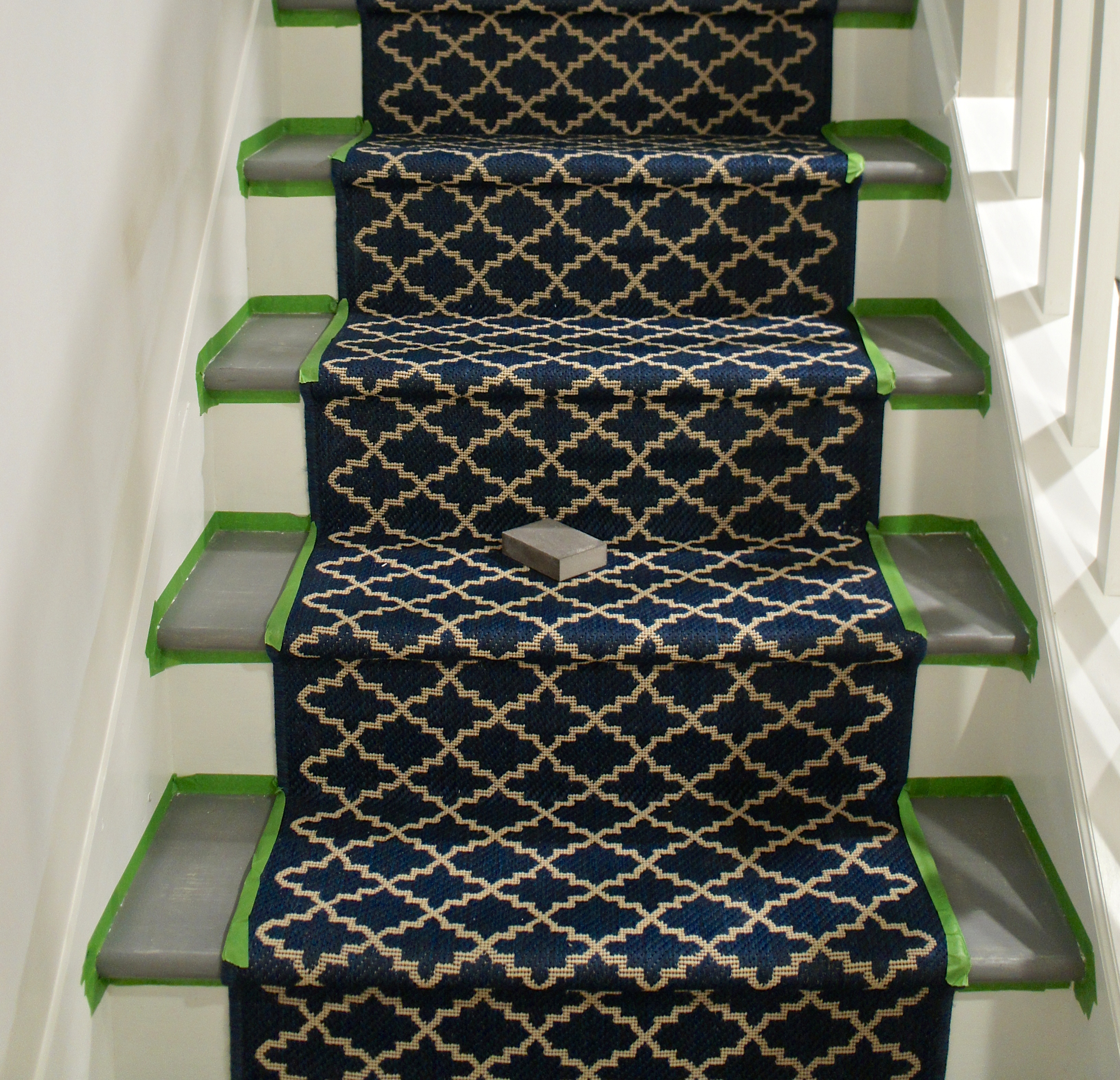 Indoor Outdoor Rug Runners #20: Indoor Outdoor Stair Runner Thistlewood Farm. White Carpet Aisle Runners